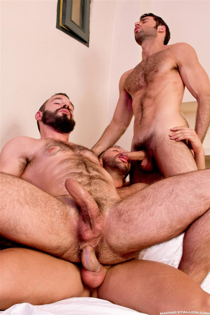 Raging Stallion Donato Reyes and Dario Beck and Alessio Veneziano Hairy Muscle Bears With Big Uncut Cocks Fucking Amateur Gay Porn 13 Hairy Muscle Bear Hustlers With Big Uncut Cocks Fucking A John